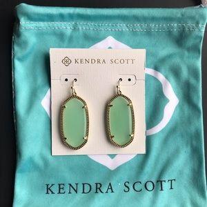 Kendra Scott Elle green earrings